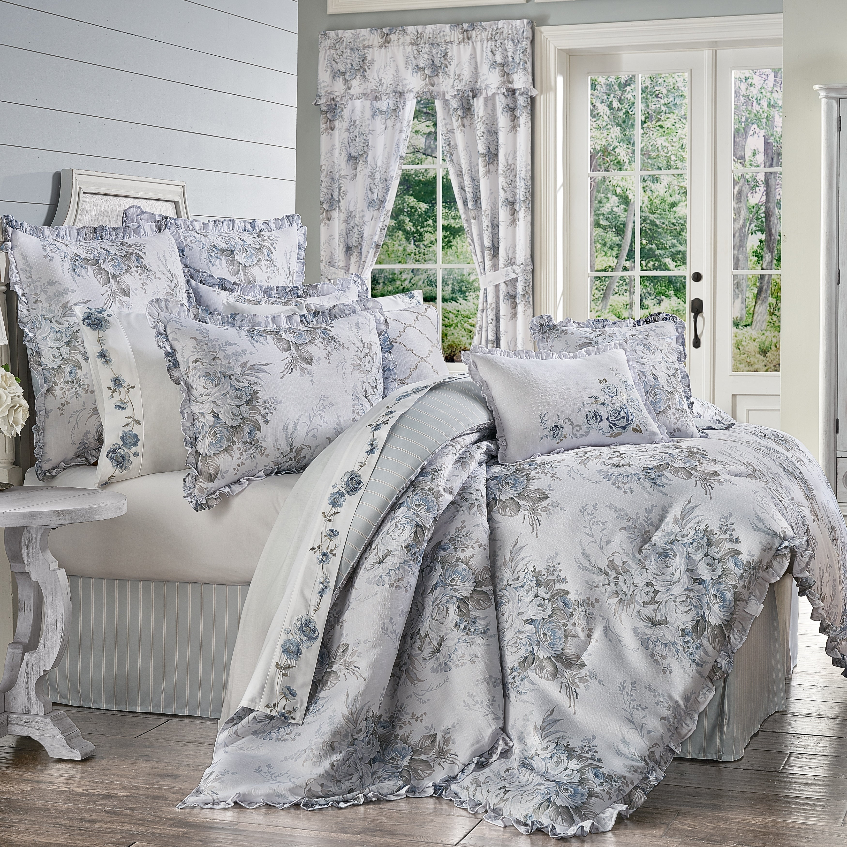 The Gray Barn Morning Star Farmhouse Floral Comforter Set Overstock 29083215
