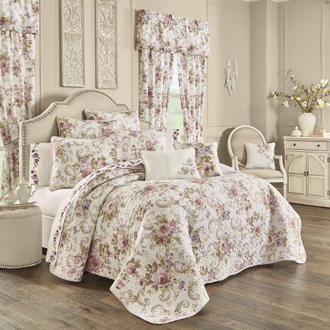 The Gray Barn Warwick Classic Floral 3 Piece Quilt Set