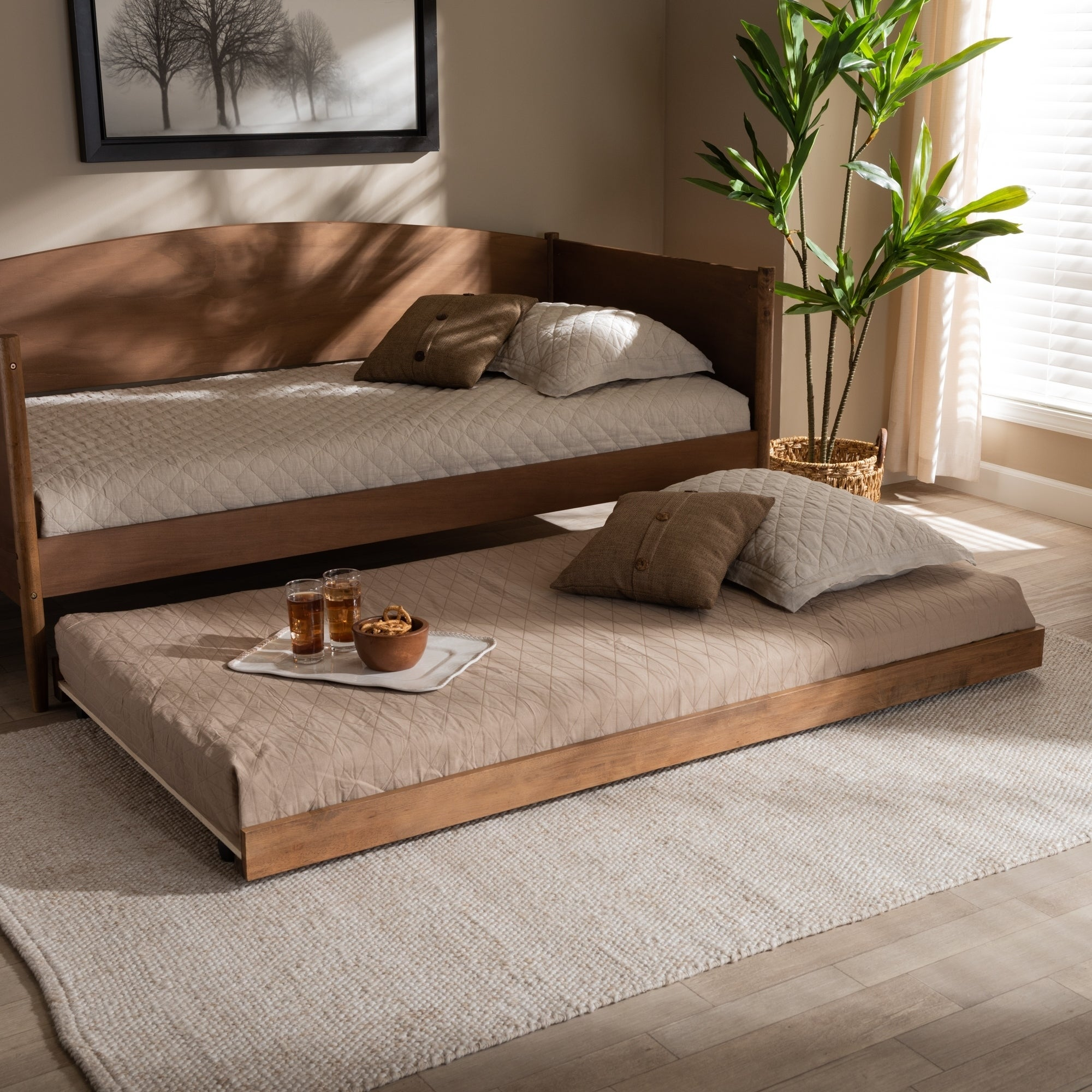 Picture of: Carson Carrington Daikanvik Modern And Contemporary Trundle Bed Overstock 29094982