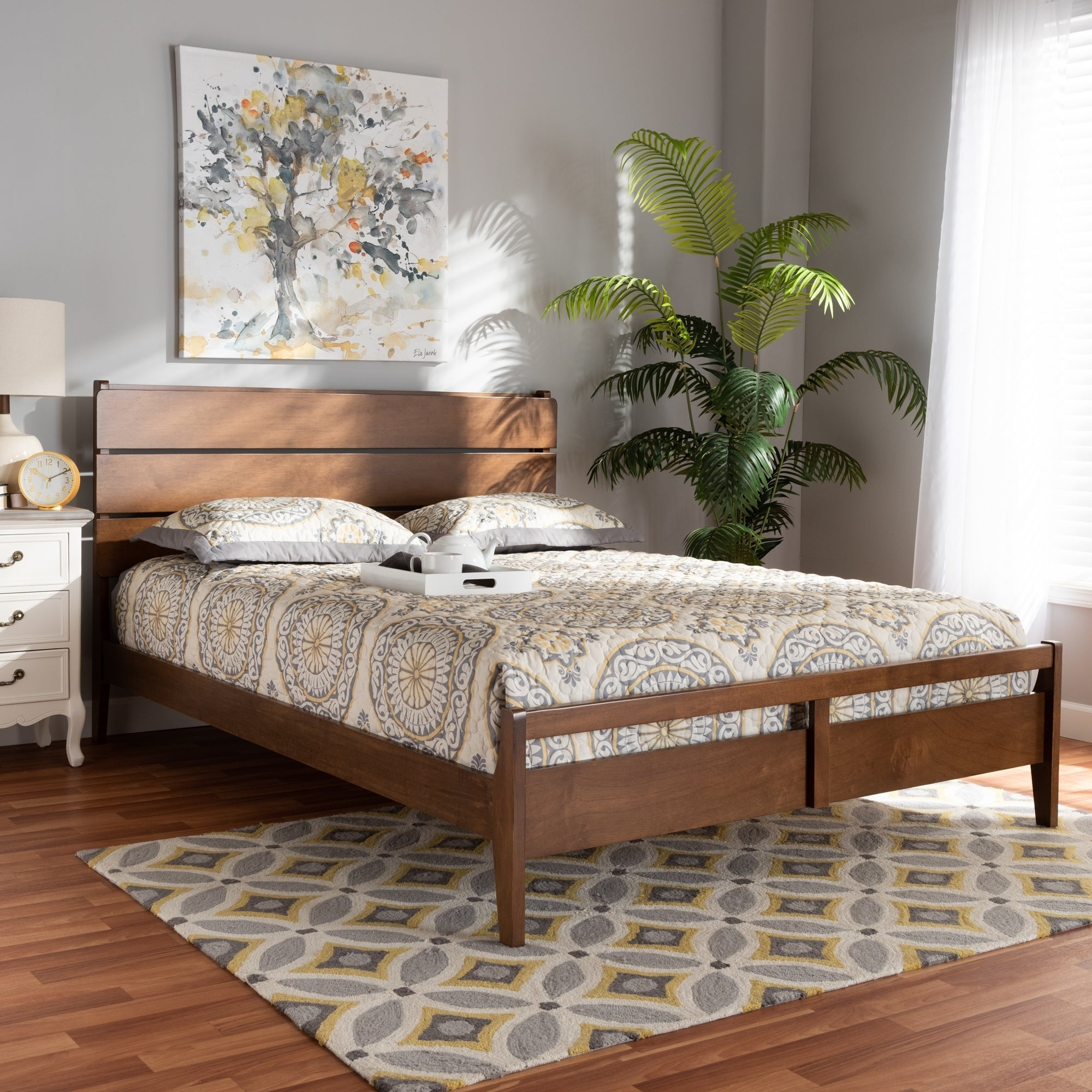 Shop Avena Mid Century Modern Wood Platform Bed Size Queen