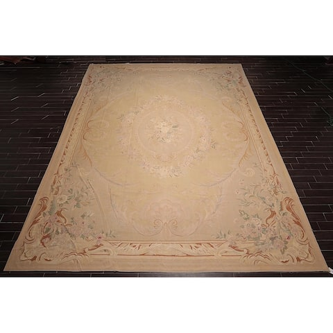 "Asmara Botanical Medallion Hand Woven Wool French Aubusson Area Rug (13'8""x18'7"") - 10'3"" x 13'11"""