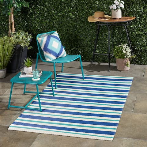 Alveton Outdoor Modern Scatter Rug by Christopher Knight Home - 4' X 6'