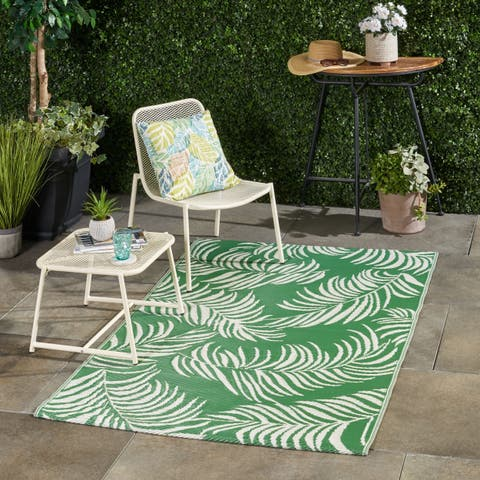 Abanto Outdoor Modern Scatter Rug by Christopher Knight Home - 4' X 6'