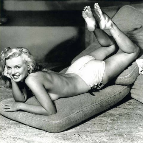 CANVAS Young Marilyn Monroe Coverup Photograph Art