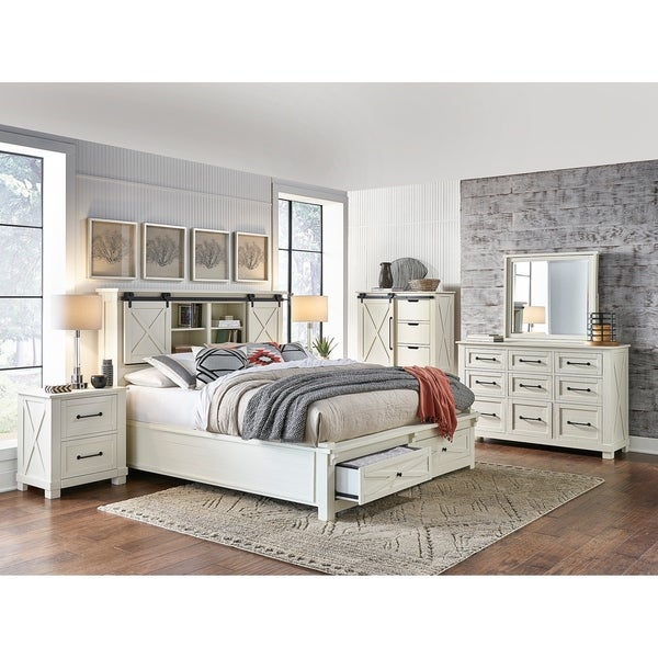 Simply Solid Shanna Solid Wood 3-piece Storage Bedroom Collection