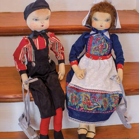 Gretel Dutch Girl Joe Spencer Gathered Traditions Art Doll