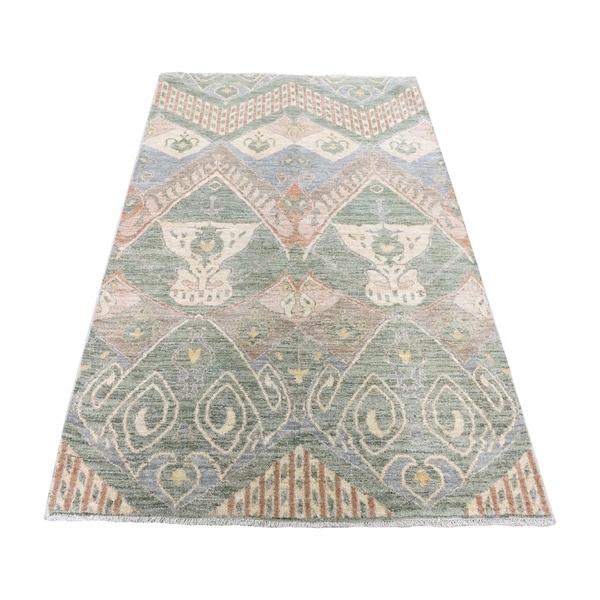 "Shahbanu Rugs Pure Wool Hand Knotted Ikat Uzbek Design Oriental Rug (4'0"" x 6'2"") - 4'0"" x 6'2"""
