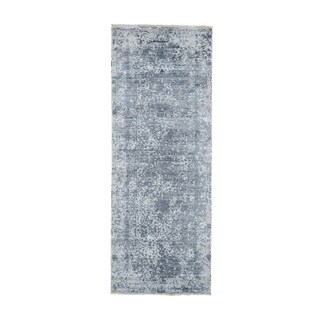 """Shahbanu Rugs Silver-Dark Gray Erased Persian Design Wool and Pure Silk Runner Hand Knotted Oriental Rug  (2'7"""" x 8'0"""")"""