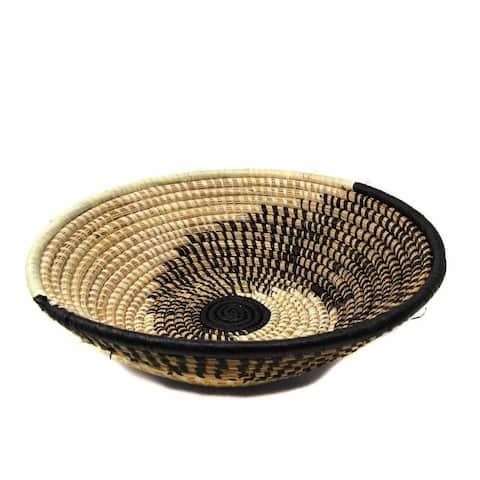 Handmade Woven Sisal Basket, Natural/Black Spiral