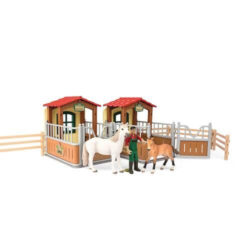 Schleich, Farm World, Visit in the open stall Toy Figurine