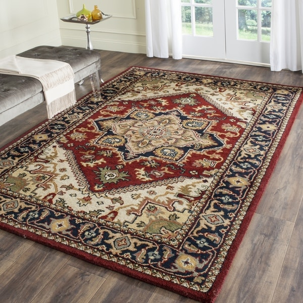 Safavieh Handmade Heritage Traditional Heriz Red/ Navy Wool Rug - 9'6 x 13'6