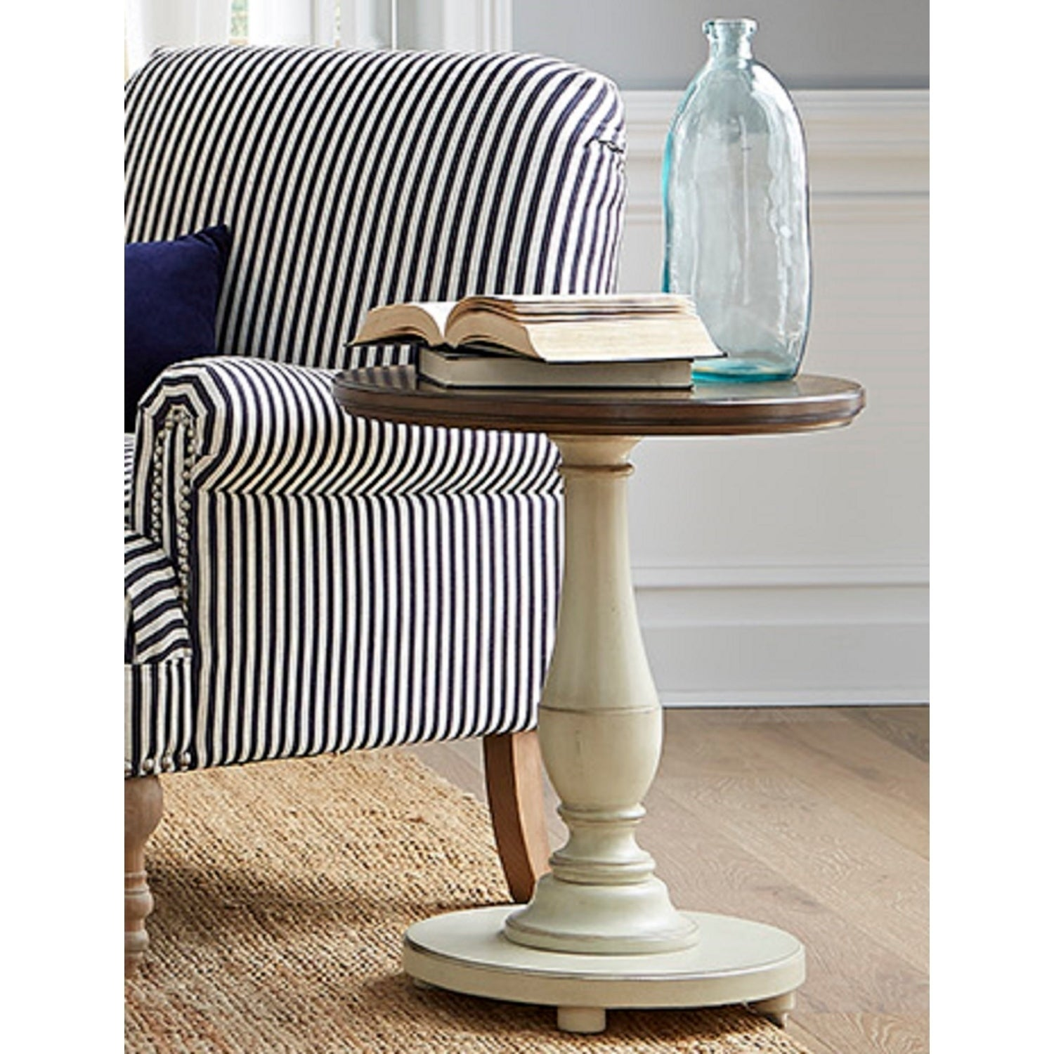 Solid Wood Round Pedestal End Table (Brown)