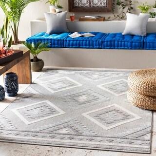 Albach Southwestern Indoor/ Outdoor Area Rug