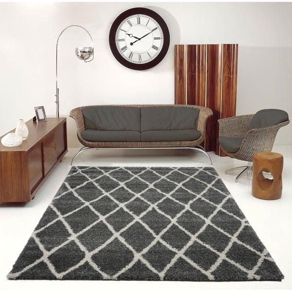 Trellis Stylish Area Rug In Dark Grey