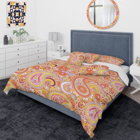 Designart 'Pattern Based on Traditional Asian Elements' Mid-Century Modern Duvet Cover Comforter Set