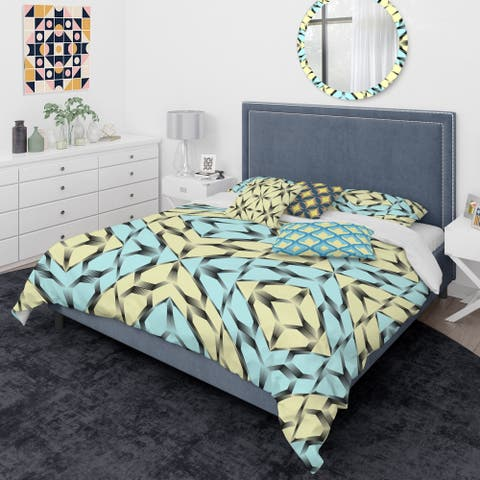 Designart 'Black and White Fashion Ornament' Mid-Century Modern Duvet Cover Comforter Set
