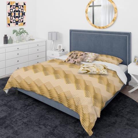 Designart 'Golden Triangular Wavess I' Mid-Century Modern Duvet Cover Comforter Set