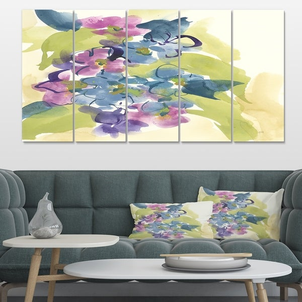 Designart 'Spring Bouquet II' Traditional Canvas Art