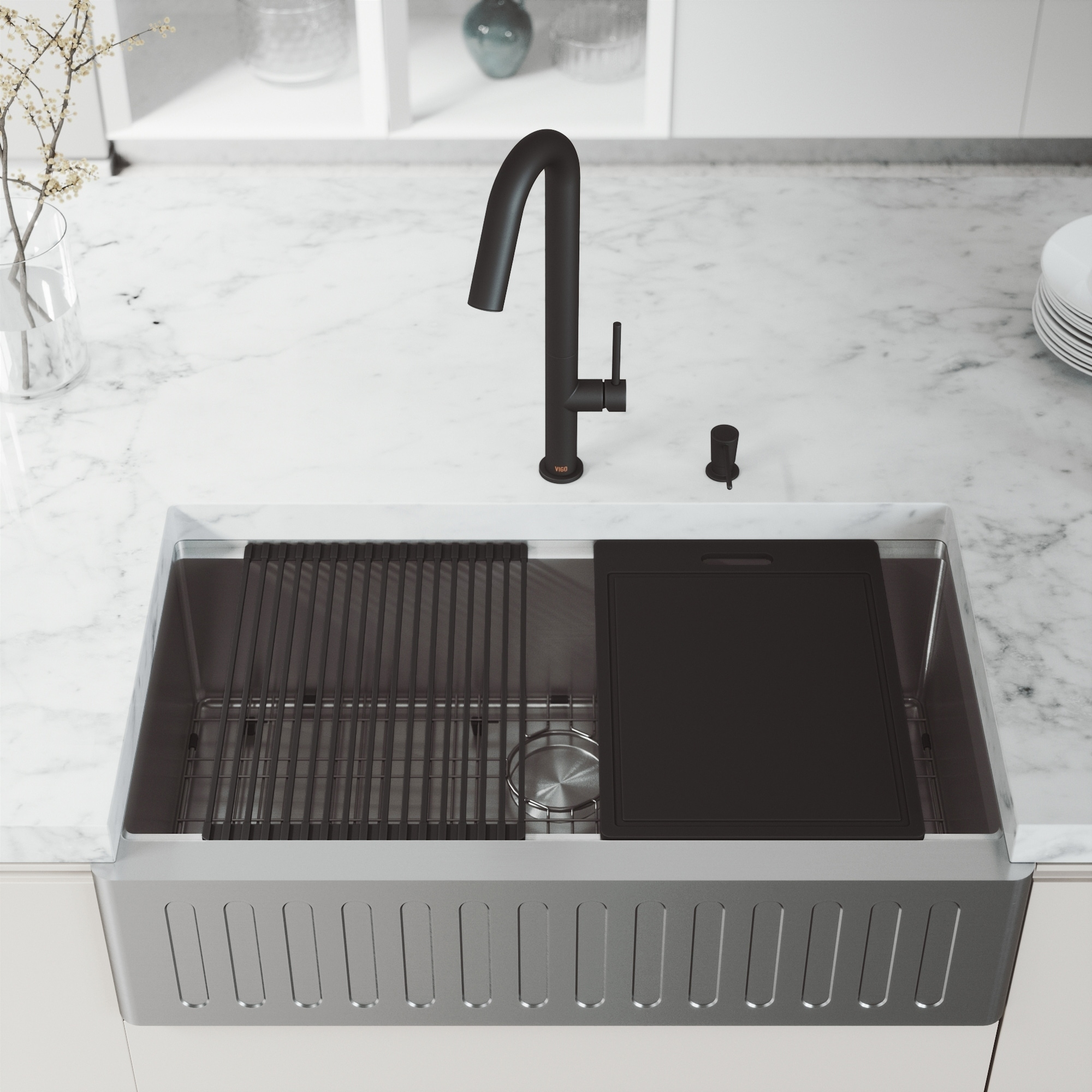 VIGO 36-Inch Oxford Single Bowl Slotted Apron Front Stainless Steel  Farmhouse Kitchen Sink with Accessories