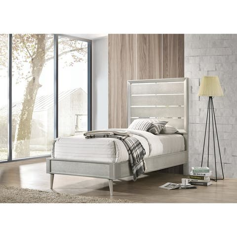 Stella Metallic Sterling 3-piece Panel Bedroom Set with 2 Nightstands