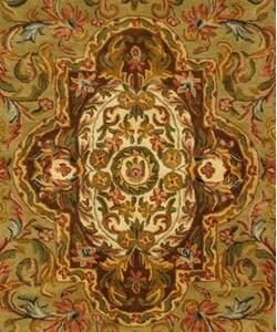 Safavieh Handmade Classic Royal Beige/ Olive Wool Rug (3' x 5') - Thumbnail 1