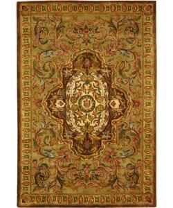 Safavieh Handmade Classic Royal Beige/ Olive Wool Rug (4' x 6')