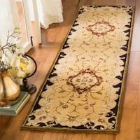 "Safavieh Handmade Classic Juliette Gold Wool Rug - 2'3"" x 8'"