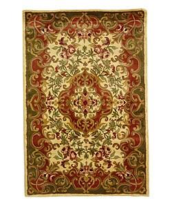 Safavieh Handmade Classic Juliette Ivory/ Green Wool Rug - 4' x 6' - Thumbnail 0