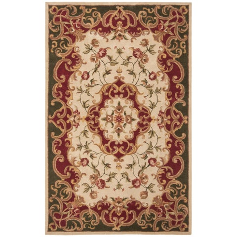 Safavieh Handmade Classic Traditional Ivory / Green Wool Rug - 5' x 8'