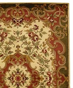 Safavieh Handmade Classic Juliette Ivory/ Green Wool Rug (6' x 9') - Thumbnail 1