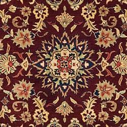Safavieh Handmade Classic Kerman Burgundy/ Navy Wool Rug (4' x 6') - Thumbnail 2