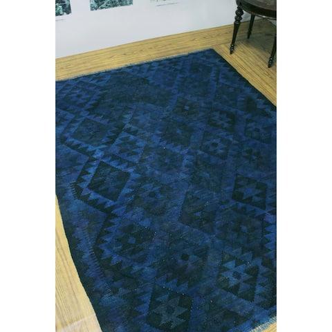 "Noori Rug Overdyed Kilim Bibinur Blue/Black Rug - 5'0"" x 6'4"""