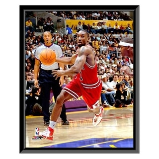 NBA Ben Gordon 06 07 Action Framed Photo Officially Licensed