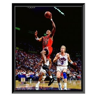 NBA Scottie Pippen 1991 Action Framed Photo Officially Licensed