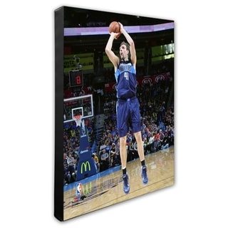 NBA Dirk Nowitzki 2015 16 Action Stretched Canvas Officially Licensed