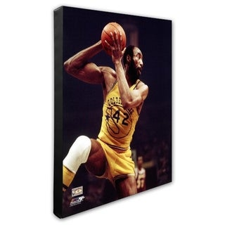 NBA Nate Thurmond Action Stretched Canvas Officially Licensed