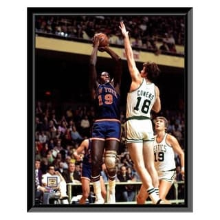 NBA Willis Reed Action Framed Photo Officially Licensed