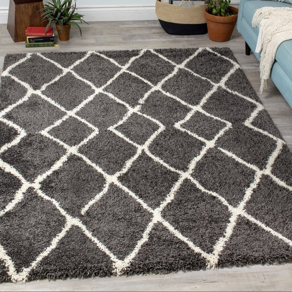 "Leilo Black Cream Lattice Rug - 5'3"" x 7'7"""
