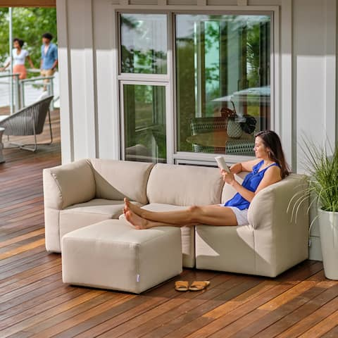 Meridian Mobilitë Outdoor 4 Piece Sectional w/ Weather Protective Covers