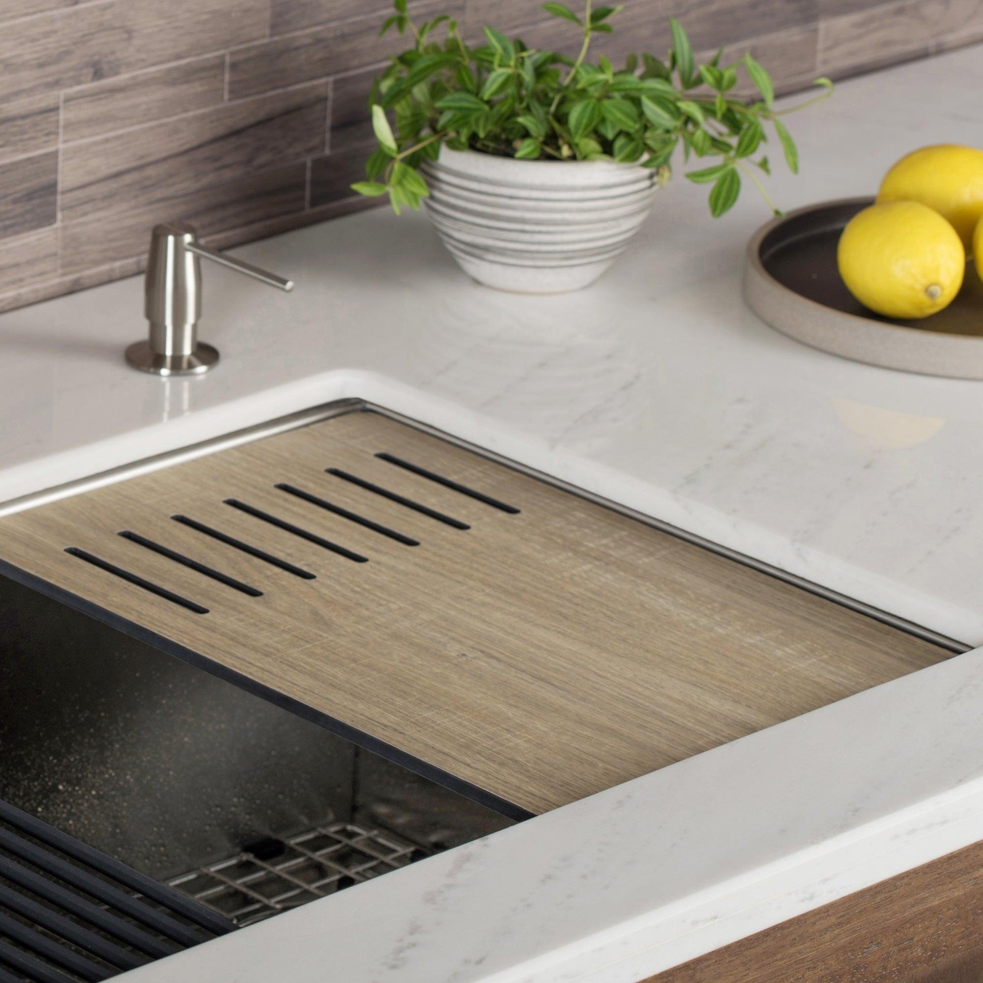 KRAUS Workstation Kitchen Sink Wood Grain Composite Cutting Board