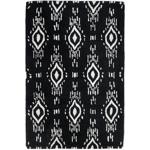 Handmade Surah Black Rug (India) - 5' x 8'