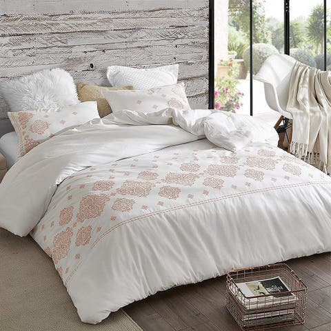Phineas Coral Embroidered Duvet Cover
