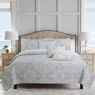 Link to Cozy Line Venetia Gray Medallion Reversible 3-Piece Quilt Bedding Set Similar Items in Quilts & Coverlets