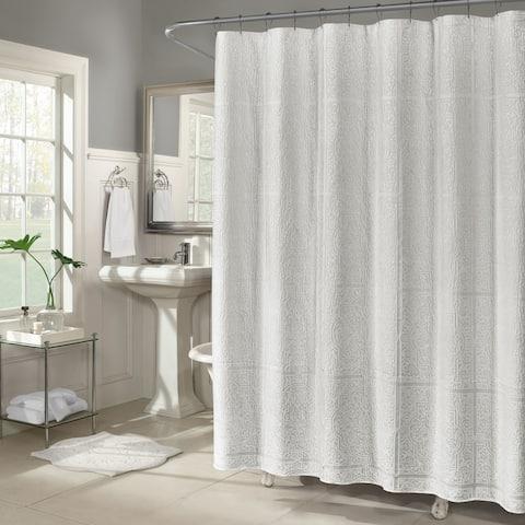 Five Queens Court Celina Luxury Medallion Shower Curtain