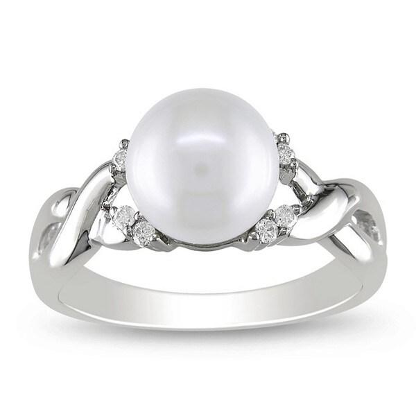 Miadora 10k White Gold FW Pearl and 1/10ct TDW Diamond Ring (7 mm) (H-J, I2-I3)