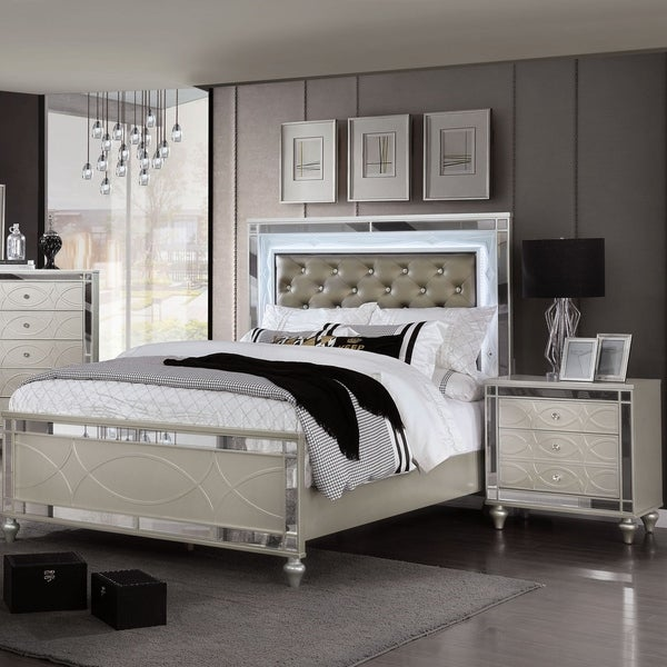 Furniture of America Lere Transitional Mirrored 2-piece Bedroom Set