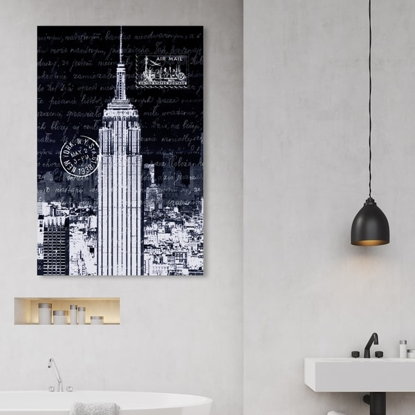 Oliver Gal 'The City That Never Sleeps' Cities and Skylines Wall Art Canvas Print - Black, White