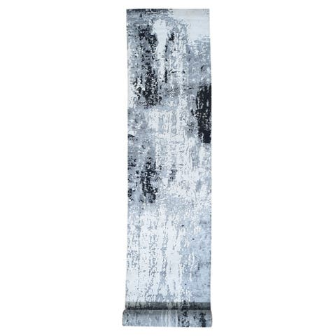 """Shahbanu Rugs Black Abstract Design Wool and Silk XL Runner Hand Knotted Oriental Rug (3'0"""" x 19'3"""") - 3'0"""" x 19'3"""""""