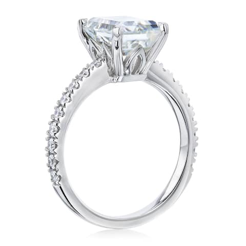 Annello by Kobelli 14k Gold 2-9/10ct TGW Forever One Emerald Moissanite and Diamond Tulip Head Engagement Ring