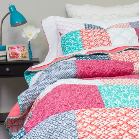 Cottage Home Anne Quilt Set and Shams